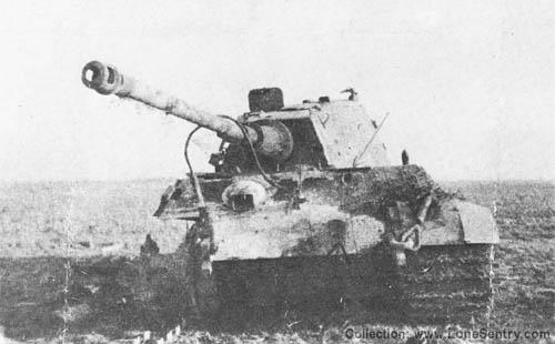 Destroyed Tiger II --  Panzerkampfwagen VI Tiger Ausf. B Königstiger