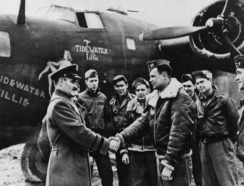 Antisubmarine B-24 Tidewater Tillie and Crew