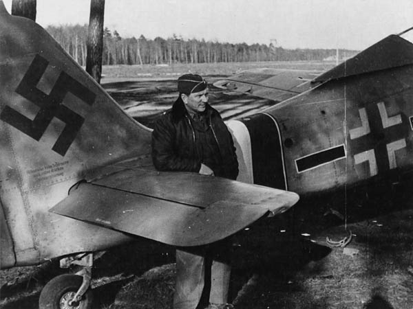 Luftwaffe Fw 190 Black-and-white Photo 1945