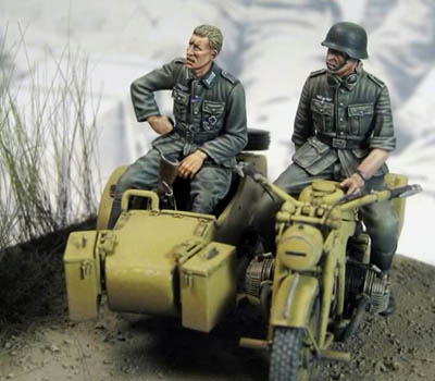 Taisho WW2 German Zundapp Motorcycle Riders - 1/35th Resin