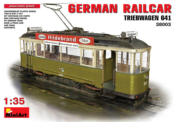 German Railcar Triebwagen by Miniart