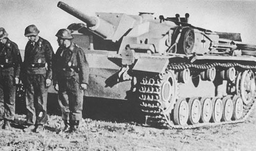 Sturmgeschütz lg. 7.5 cm Stu. K. (Sd. Kfz. 142): S.P. Assault Gun