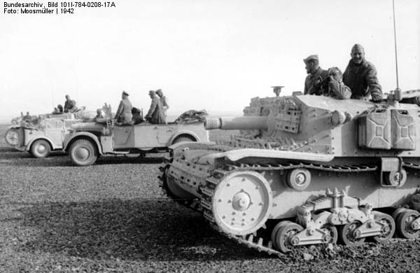 Semovente 75/18 and staff cars