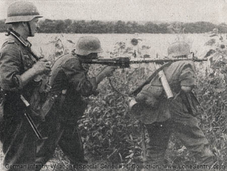 M G  34: German Infantry Weapons, WWII Military Intelligence Service